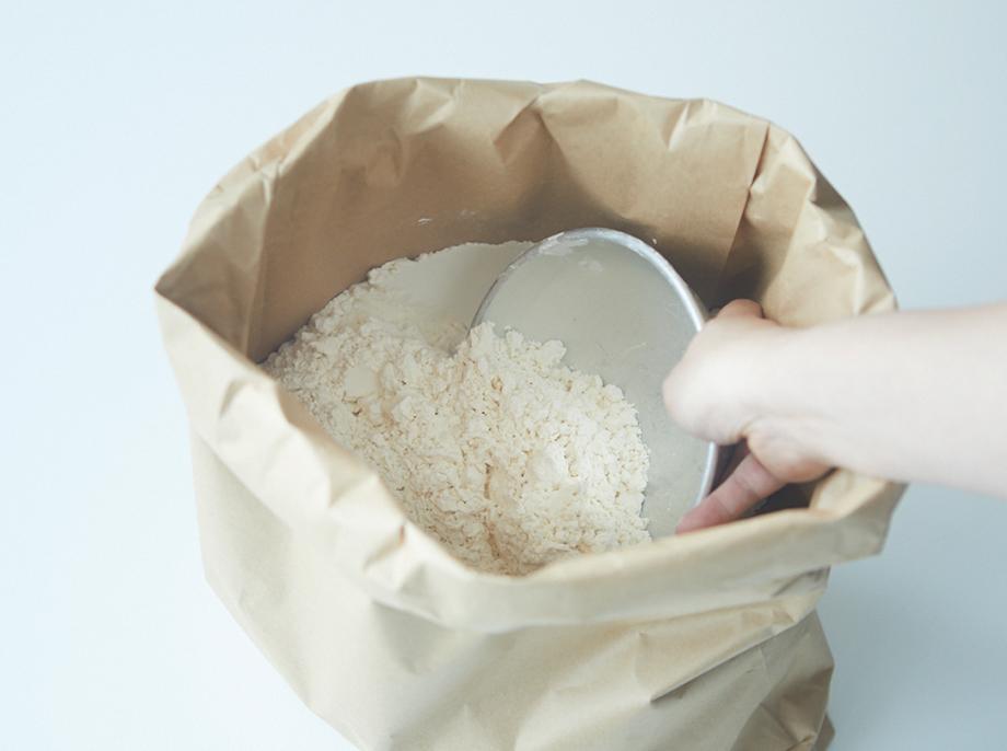 食感と風味を引き出す厳選した品種の小麦粉